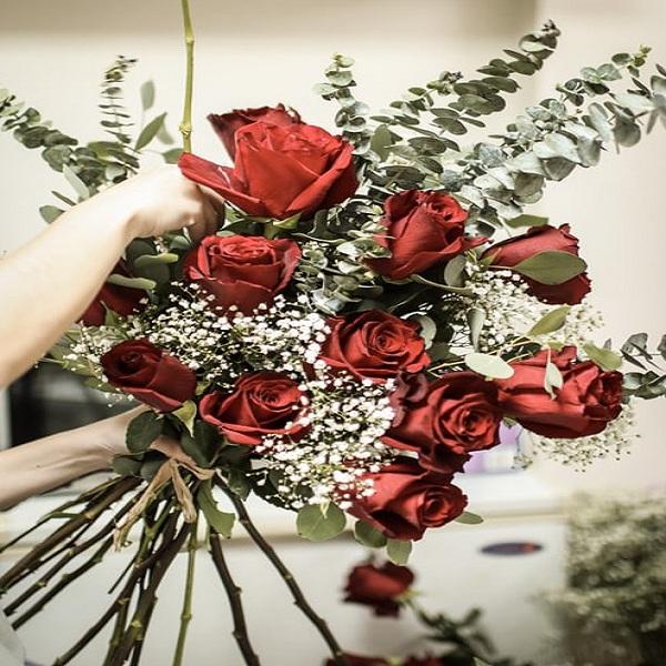Beautiful Rose Bouquet Online